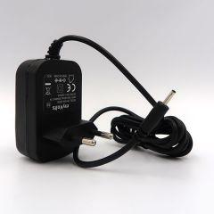 Keeley Eccos : Alimentation 9V compatible (chargeur adaptateur secteur)
