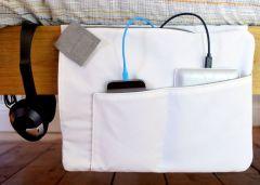 Z-charge - Rangement et chargeur de tablette et téléphone pour le lit ou le canapé (blanc)